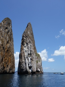 The channel between the rocks of Kicker Rock