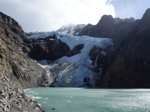 Glacier Piedras Blancas, with awesome waterfall on the right hand side